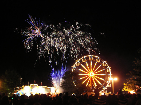 2009 Unionville Connecticut fireman's carnival fireworks